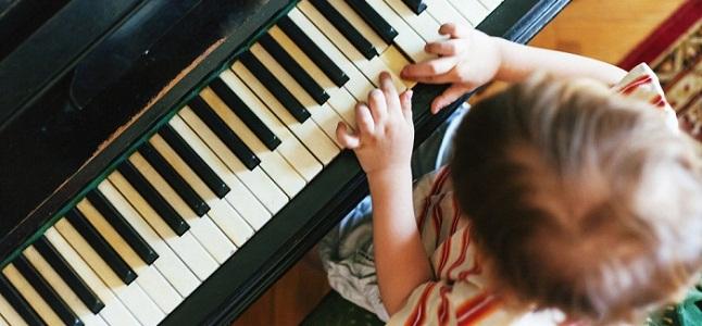 Dạy Piano cho trẻ mang lại những lợi ích như thế nào?