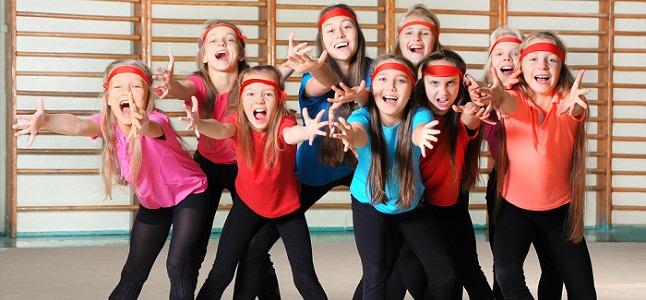 Những lý do tại sao bạn nên cho con học múa aerobic thiếu nhi trong mùa hè này