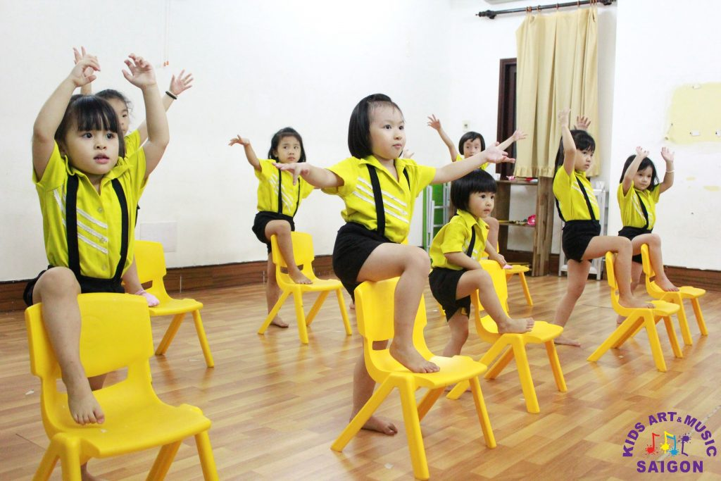 nhay-aerobic-thieu-nhi-hinh-anh1