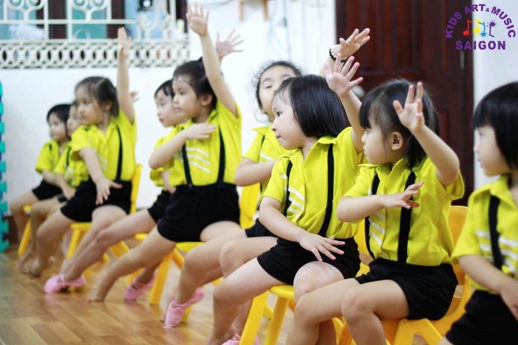 nhay-aerobic-thieu-nhi-hinh-anh4