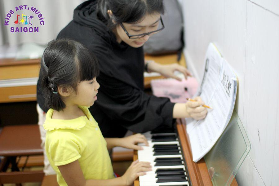 Lựa chọn và tìm kiếm lớp học đàn Piano cho bé mầm non hình ảnh 2