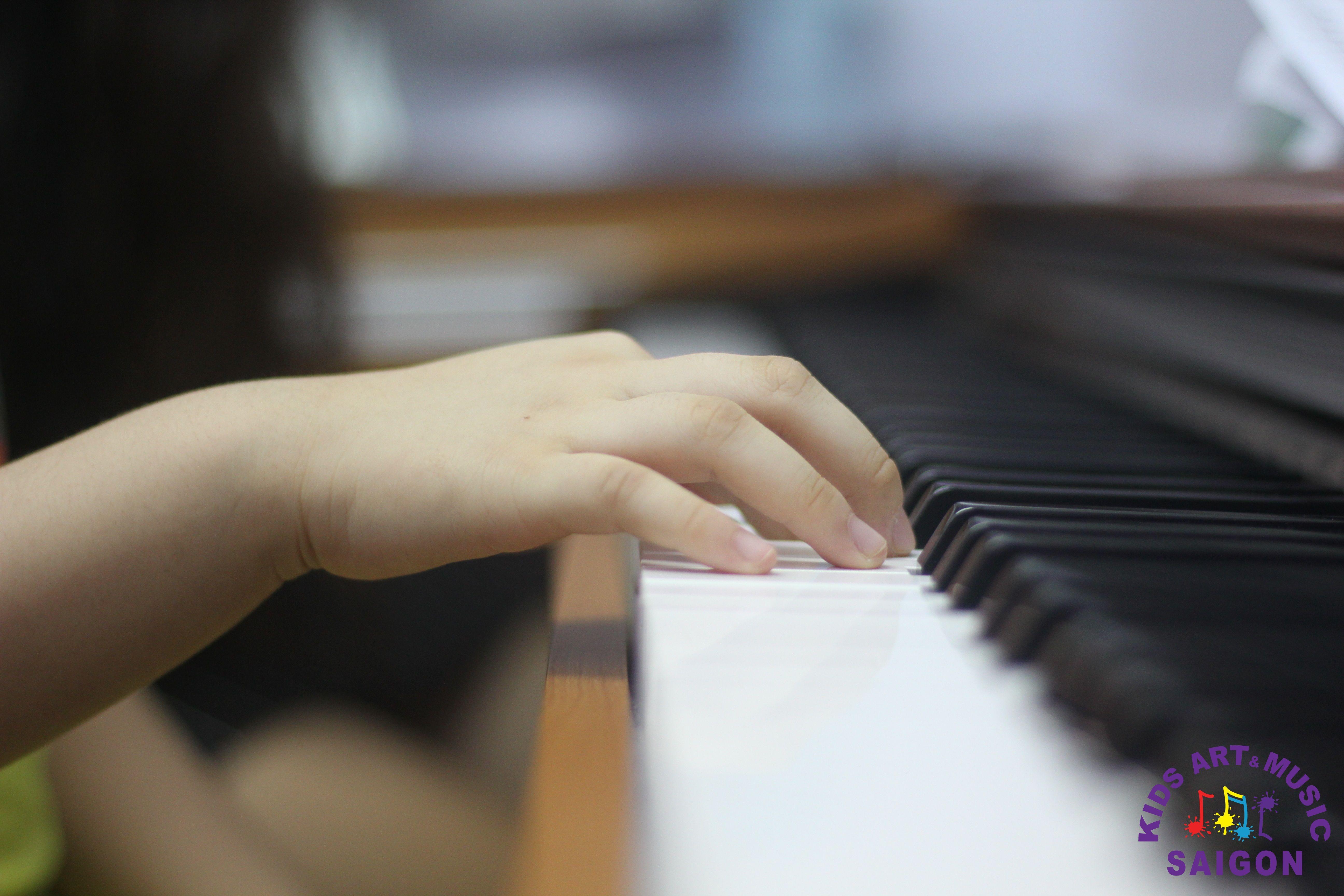 Học đàn Piano cho bé, làm thế nào để tìm được lớp chất lượng? hình ảnh 3