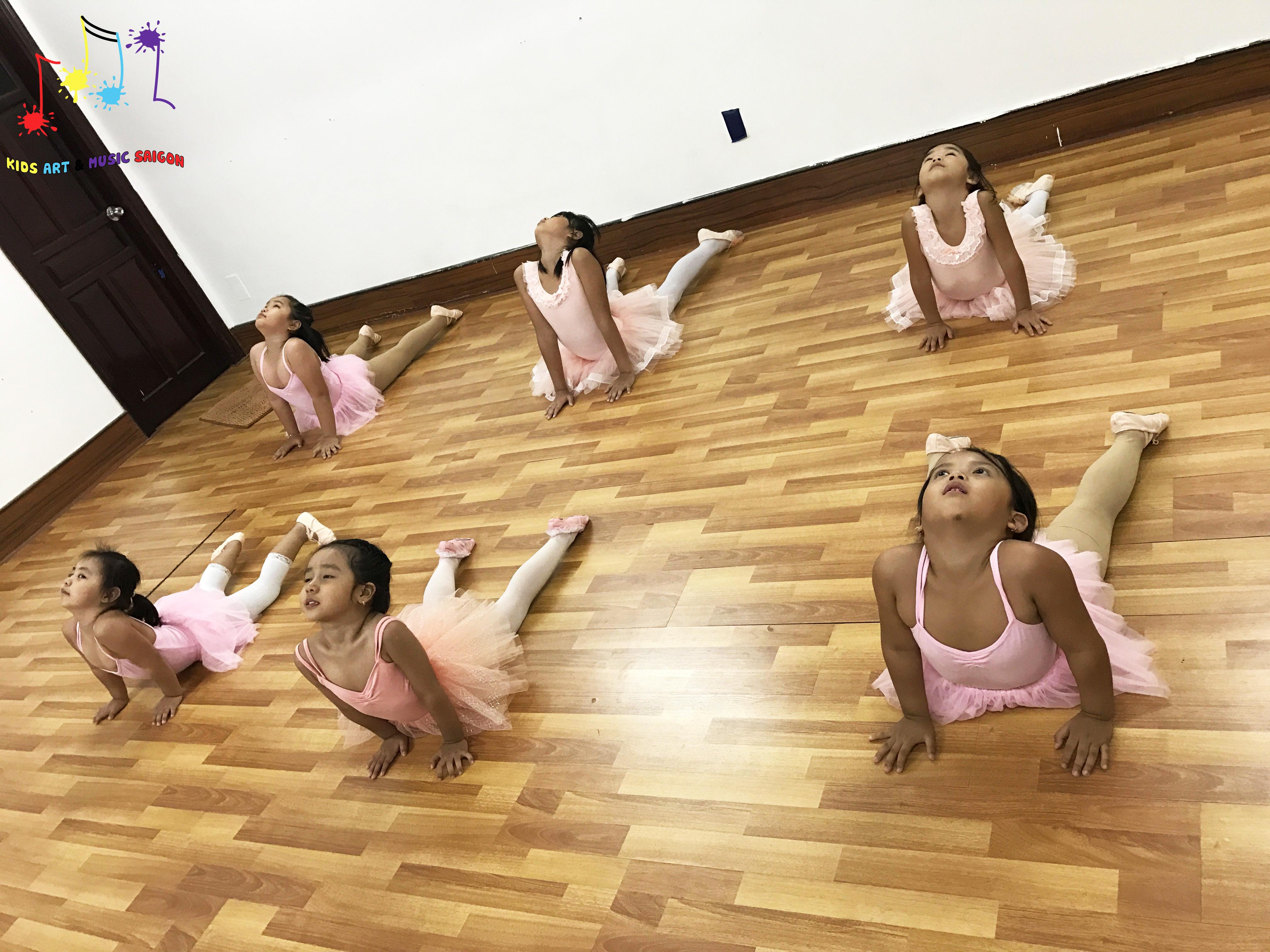 Chào mừng cơ sở ballet, aerobic, piano và vẽ cho trẻ em thứ 2 của Kids Art & Music - hình ảnh 2