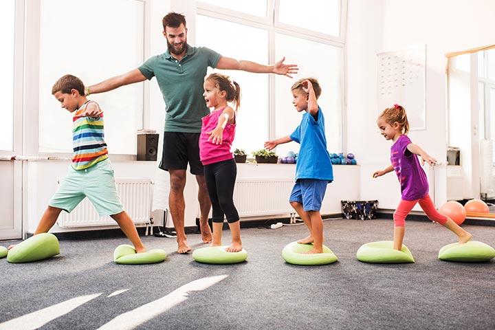 Tại sao ba mẹ nên cho trẻ đến các phòng tập aerobic? - hình ảnh 3