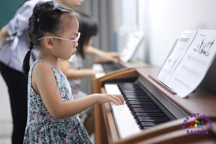 Lớp học Piano ở quận 9 – Phương pháp giảng dạy hay nói thay chất lượng