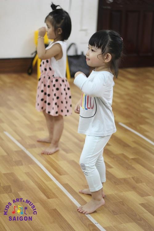 Lớp học Nhảy hiện đại nào chất lượng và uy tín mà bố mẹ cần tìm kiếm?