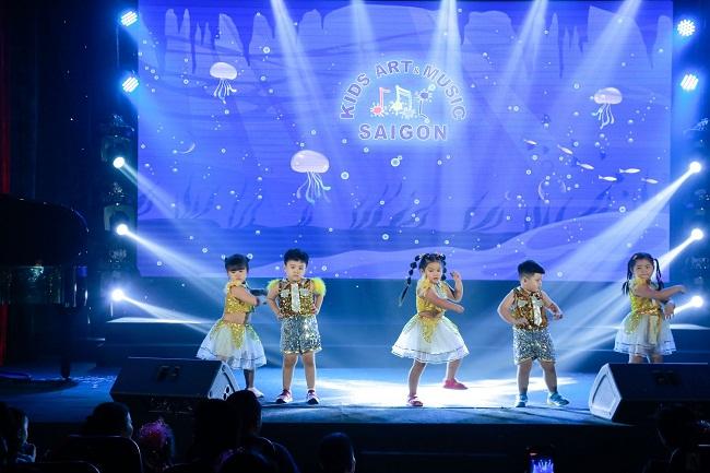 Đắm chìm trong những vũ điệu sôi động của nhạc nhảy Aerobic hình ảnh 4