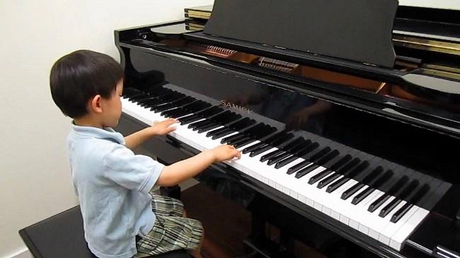 Học piano bao lâu để chuyên nghiệp hình ảnh 2