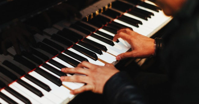 Các tiêu chí lựa chọn hàng đầu khi tìm gia sư piano tại nhà Hà Nội hình ảnh 1