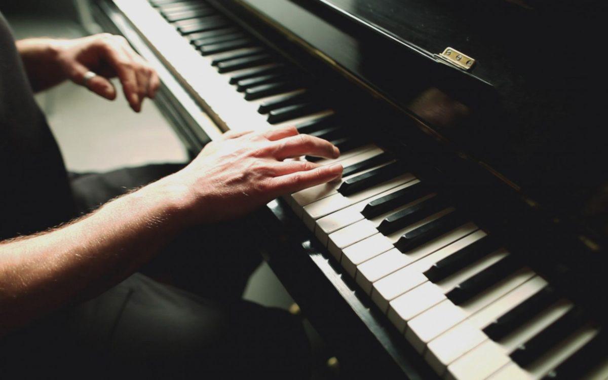 Tìm kiếm gia sư piano tại nhà Hà Nội dễ hơn bao giờ hết