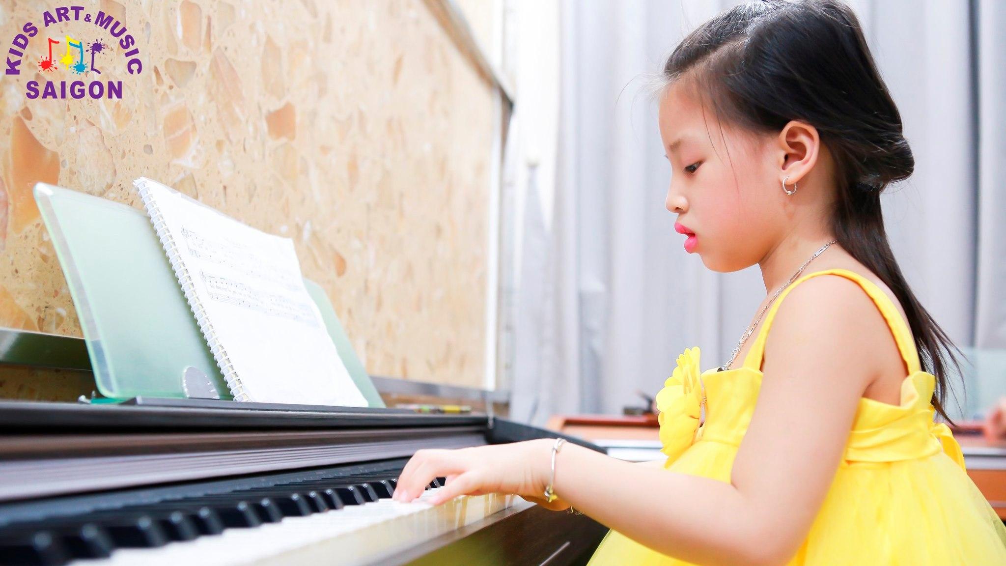Dạy piano cho trẻ em ở nhà hay ở trường thì hiệu quả hơn? - hình ảnh 2