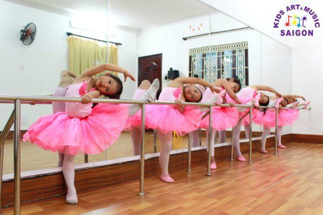 Các lớp múa ballet cho bé ở Bình Dương có gì thú vị? hình ảnh 2