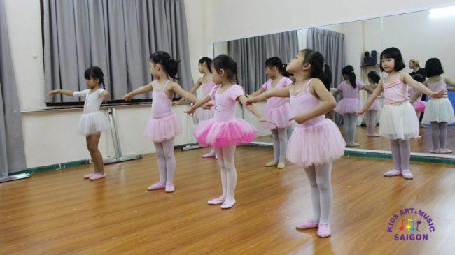 Tìm kiếm địa điểm dạy múa ballet cho bé ở Bình Dương
