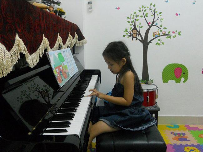 Có điều gì đặc biệt trong các lớp dạy đàn piano tại quận Tân Phú?