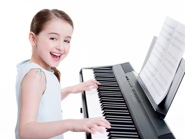 Lợi ích mà bé nhận được khi tham gia các lớp học đàn piano ở quận Tân Phú cho trẻ em
