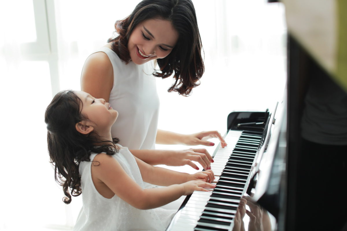 Những điều cần biết về những lớp học đàn piano ở quận Hoàng Mai Hà Nội cho trẻ em