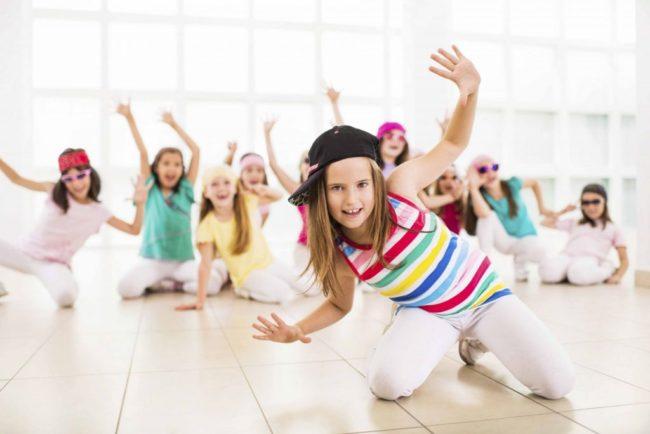 Có gì thú vị bên trong những lớp học nhảy aerobic mẫu giáo ở quận Hoàng Mai Hà Nội?