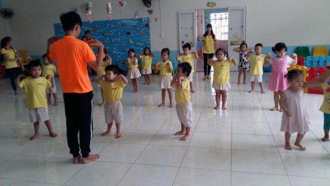 Tại sao nên cho bé tham gia những lớp nhảy aerobic trẻ em ở quận Hoàng Mai Hà Nội?