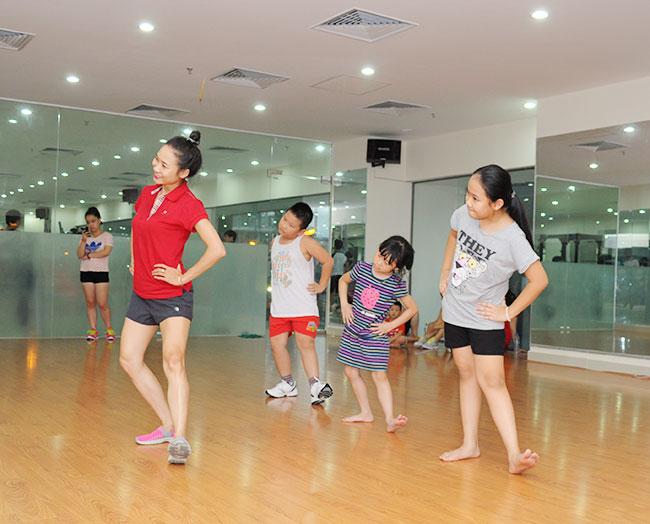 Tại sao nên cho bé tham gia những lớp nhảy aerobic trẻ em ở quận Hoàng Mai Hà Nội? hình ảnh 2