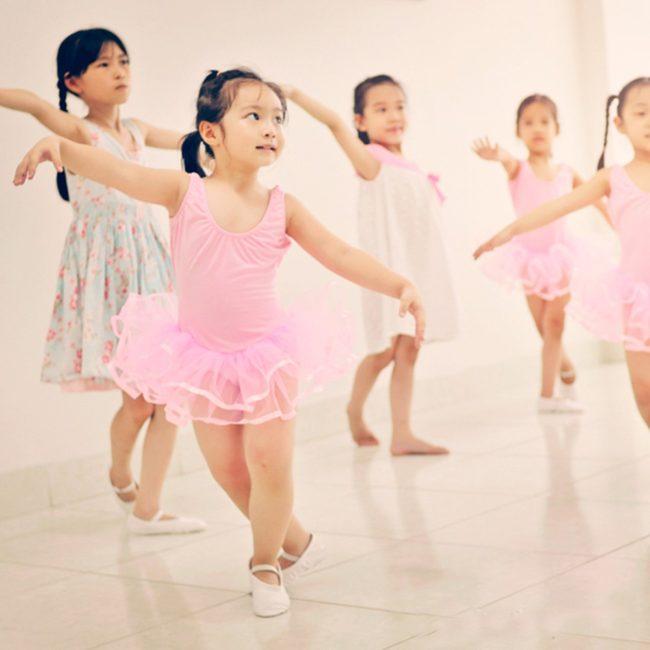 Mách nhỏ cách chọn giày múa ballet trẻ em chuẩn không cần chỉnh