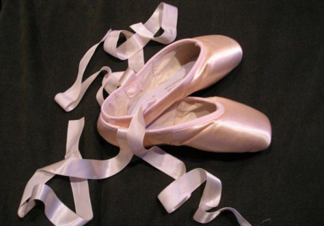 Bí quyết chọn giày múa ballet cho bé cực chuẩn