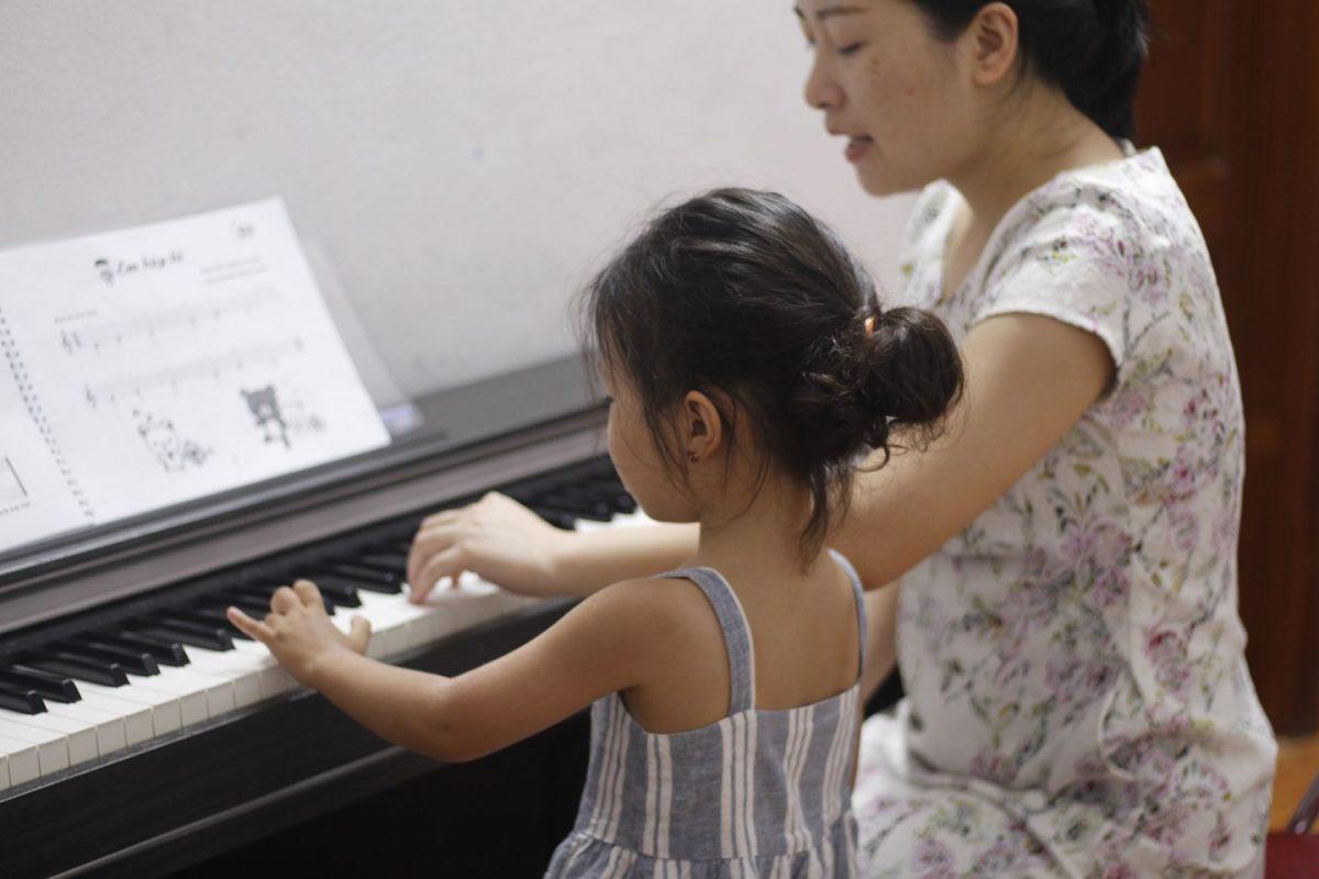 Tìm lớp học Piano cho bé ở Tân Phú