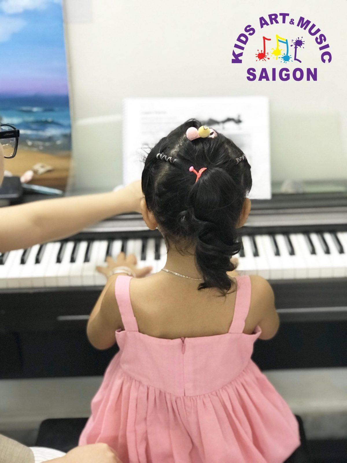 Cho bé học piano: Những lý do khiến bé từ bỏ chơi loại nhạc cụ này