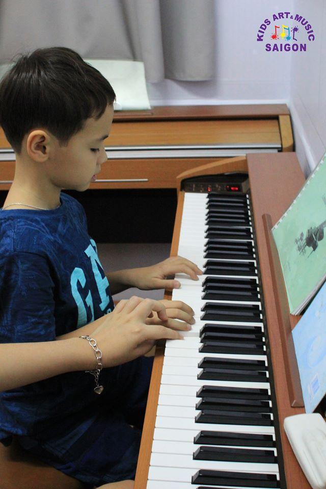 Những giai đoạn học Piano cho trẻ em