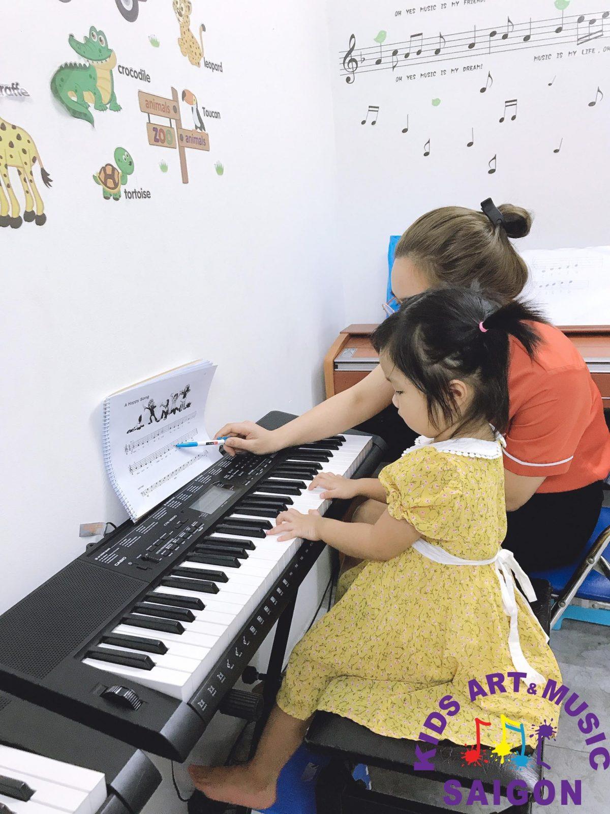 Khám phá lớp học đàn Piano ở quận 2 cơ bản