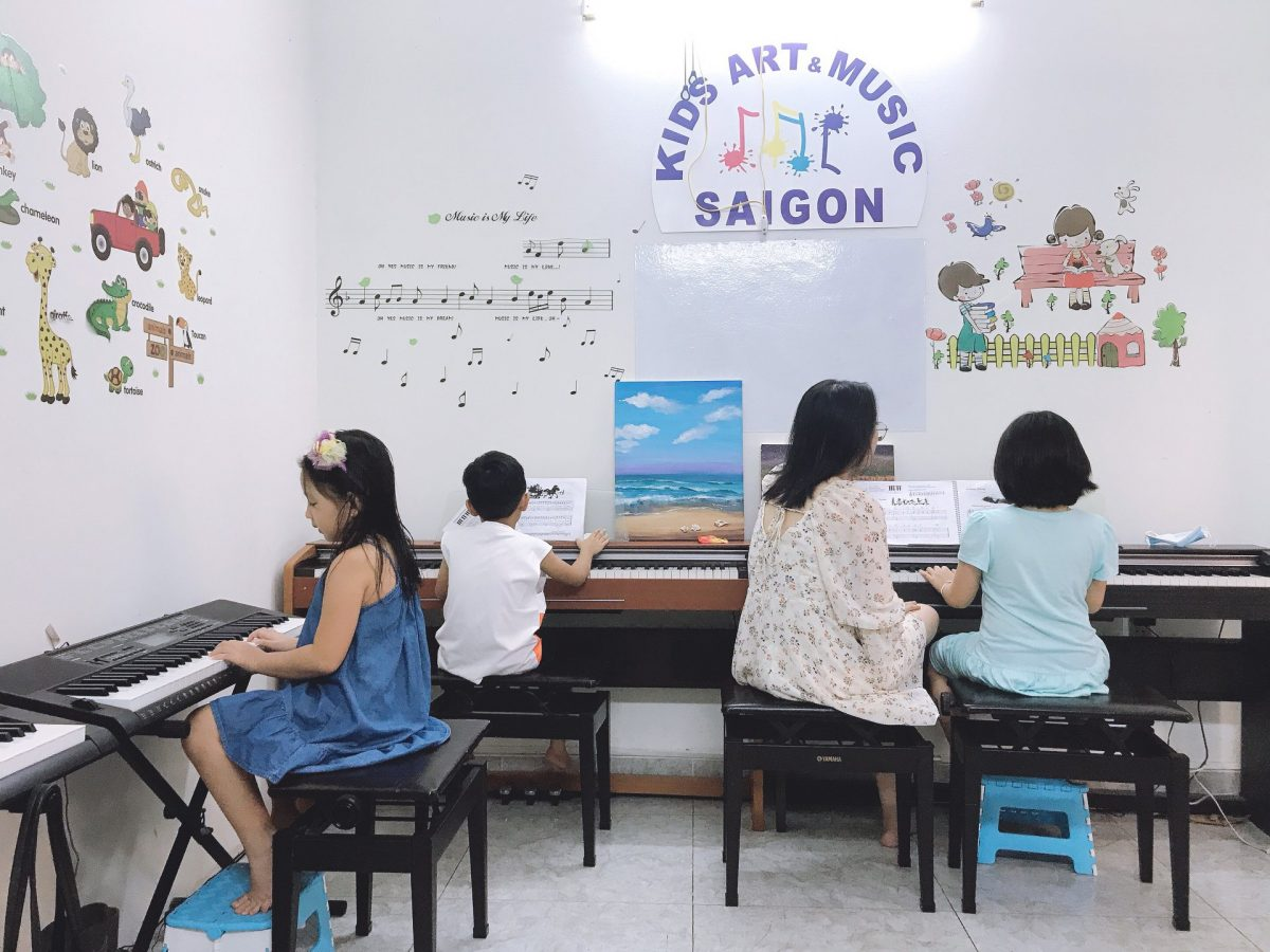 Tìm hiểu về lớp dạy đàn piano cho bé từ 3-5 tuổi